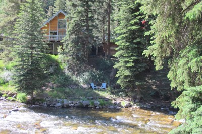 Le refuge by the Gore creek