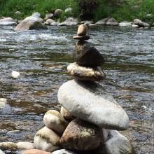 River rock sculpture, fun to make, meditative balancing act !